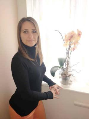 Aniko Hevizi